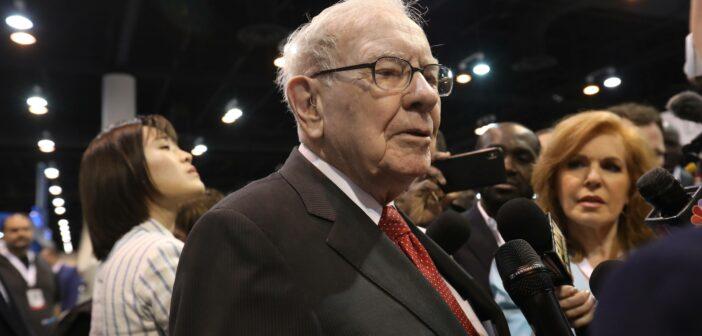 Warren Buffett kauft massiv Aktien einer bestimmten Bank