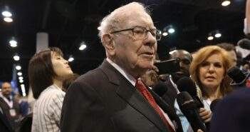 Warren Buffett investiert in Japan
